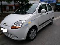 Cần bán lại xe Chevrolet Spark năm sản xuất 2010, màu trắng