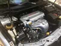 Bán xe Toyota Camry 2.4G đời 2010, màu bạc số tự động