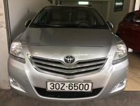 Cần bán xe Toyota Vios 1.5E đời 2011, màu bạc giá cạnh tranh