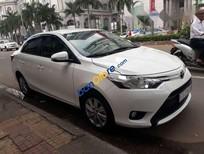 Cần bán Toyota Vios AT đời 2017, màu trắng
