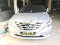 Bán xe Hyundai Sonata 2.0 AT đời 2011, màu bạc, nhập khẩu
