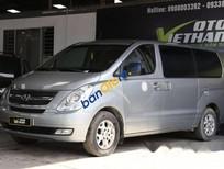 Bán Hyundai Starex 2.5MT đời 2013, màu bạc
