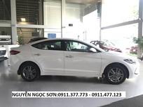 Cần bán xe Hyundai Elantra mới 2018, màu trắng, trả góp 80% xe, LH Ngọc Sơn: 0911.377.773