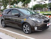 Bán ô tô Kia Rondo 2.0AT đời 2016, màu nâu số tự động, giá tốt