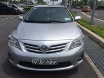 Cần bán lại xe Toyota Corolla altis đời 2013, màu bạc, giá tốt