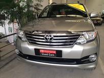 Xe Toyota Fortuner sản xuất 2015, màu bạc, giá còn thương lượng