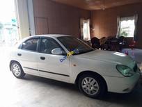 Bán Daewoo Nubira năm sản xuất 2000, màu trắng, xe nhập