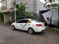Cần bán lại xe Kia Forte MT năm 2013, màu trắng chính chủ giá cạnh tranh