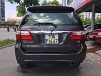 Cần bán Toyota Fortuner V đời 2009, màu xám