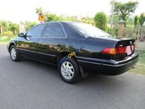 Bán ô tô Toyota Camry 2.2 năm 1998, màu đen, giá chỉ 236 triệu