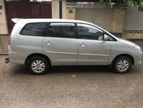 Cần bán Toyota Innova 2.0G 2010, màu bạc, chính chủ