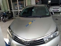 Cần bán lại xe Toyota Corolla Altis 2.0V đời 2014, màu bạc, giá tốt
