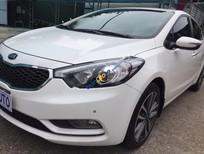 Cần bán gấp Kia K3 2.0 AT đời 2016, màu trắng, giá tốt