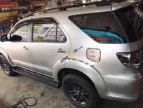 Cần bán lại xe Toyota Fortuner 2.5G đời 2015, màu bạc số tự động