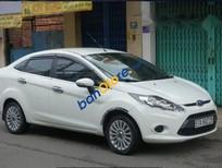 Cần bán xe Ford Fiesta AT đời 2013, màu trắng, 399 triệu