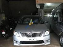 Bán Toyota Innova G đời 2006, màu bạc xe gia đình, giá tốt