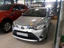 Bán Toyota Vios 1.5E sản xuất 2015, màu bạc giá cạnh tranh
