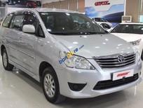 Bán Toyota Innova 2.0E sản xuất 2013, màu bạc số sàn