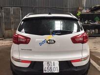 Cần bán xe Kia Sportage 2.0AT đời 2013, màu trắng, nhập khẩu hàn quốc số tự động, giá tốt