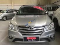Cần bán Toyota Innova G đời 2014, màu bạc, đi 35.000km