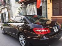 Bán xe Mercedes Benz E250 2011 màu cà phê, giá cạnh tranh, xe chính chủ