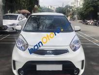 Cần bán Kia Morning SI AT đời 2015, màu trắng, số tự động