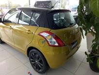 Cần bán Suzuki Swift đời 2017, màu vàng đen, xe giao ngay - LH: 0985.547.829