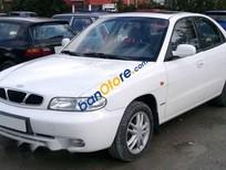 Bán Daewoo Nubira năm sản xuất 2001, màu trắng chính chủ, giá tốt