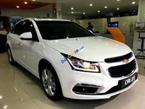 Bán xe Chevrolet Cruze LT 1.6MT năm 2017, màu trắng