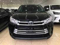 Cần bán Toyota Highlander LE 2017, màu đen, nhập khẩu nguyên chiếc Mỹ