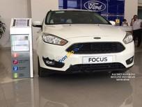 Bán Ford Focus Trend 1.5L 2017, màu trắng