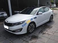 Cần bán Kia K5 AT năm sản xuất 2011, màu trắng, 595 triệu
