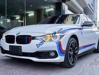 Bán BMW 3 Series 320i năm sản xuất 2015, màu trắng, nhập khẩu nguyên chiếc