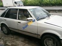 Cần bán Ford Taurus đời 1985, màu trắng