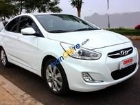 Cần bán lại xe Hyundai Accent Blue 1.4AT sản xuất năm 2014, màu trắng, nhập khẩu