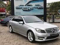 Tập đoàn Mercedes Benz miền Nam bán C300 AMG đăng ký 08/2013, màu bạc, nội thất đen