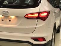 Bán xe Hyundai Santa Fe 2017, màu trắng, giá chỉ 898 triệu