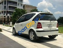 Cần bán xe Mercedes AT đời 2004, màu trắng số tự động