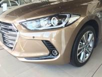 Cần bán xe Hyundai Santa Fe 2.4L đời 2017, màu nâu, 898 triệu