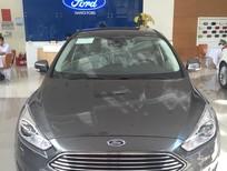 Cần bán Ford Focus Titanium đời 2018, màu xám bạc, giá tốt