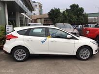 Bán xe Ford Focus Ecoboost 2017, tặng ngay tiền mặt hoặc đi kèm gói phụ kiện hấp dẫn