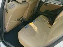 Cần bán xe Honda Jazz 1.5AT sản xuất 2007, màu trắng, nhập khẩu nguyên chiếc, giá tốt