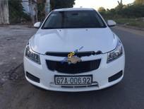 Cần bán gấp Chevrolet Cruze LS đời 2011, màu trắng số sàn