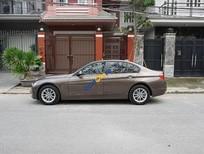 Bán xe BMW 3 Series 320i đời 2013, màu nâu, xe nhập, giá chỉ 880 triệu