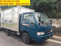 Xe tải thùng kín 2.3 tấn, K165s màu xanh dương đời 2017, giao xe trong 3 ngày