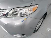 Bán ô tô Toyota Sienna LE đời 2011, màu xám, nhập khẩu
