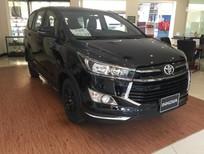 Cần bán Toyota Innova G Venturer đời 2018, màu đen, giá tốt