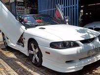 Cần bán xe Ford Mustang năm 1995, màu trắng, nhập khẩu nguyên chiếc