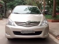 Cần bán Toyota Innova 2.0G  2011, màu ghi vàng, 396 triệu