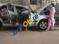 Cần bán xe Mazda 626 2003, màu bạc